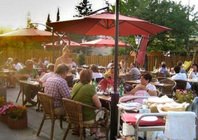 Feiern auf der Sonnenterrasse bei Ihrem Italiener in Augsburg-Hammerschmiede